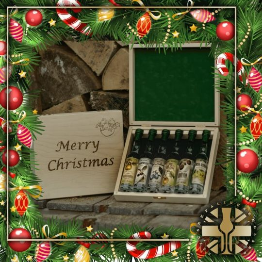 Handcrafted Engraved Xmas 6pcs Miniature Palinka Selection